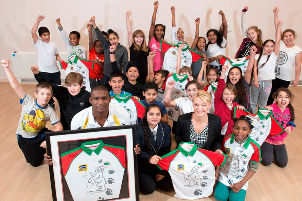 Little Heath Primary School pupils enjoy special visit from Birmingham Bears' Keith Barker and Andy Turnbull