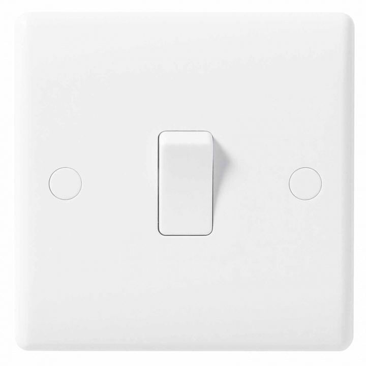 Bg Nexus Moulded 1 Gang 2 Way Switch