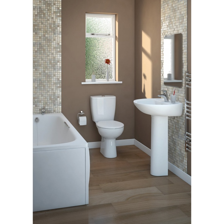 Lecico Atlas Smooth Close Coupled Toilet Pan, Cistern & Seat Pack