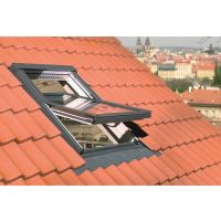 Fakro 02 Centre Pivot Roof Window 550 x 980mm (FTP-V U3)
