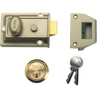 Yale P77 Traditional Nightlatch ENB/Polished Brass 60mm